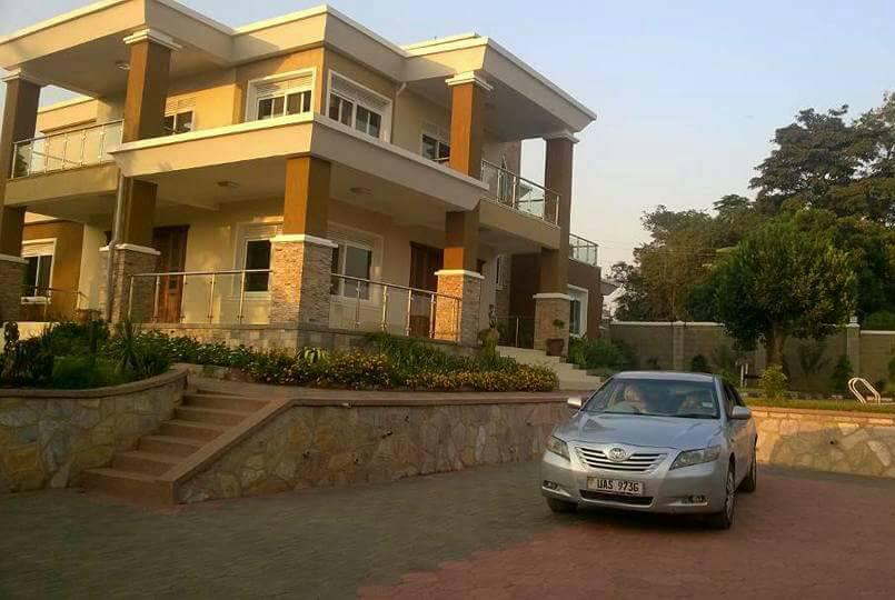 Kansanga-Mansion