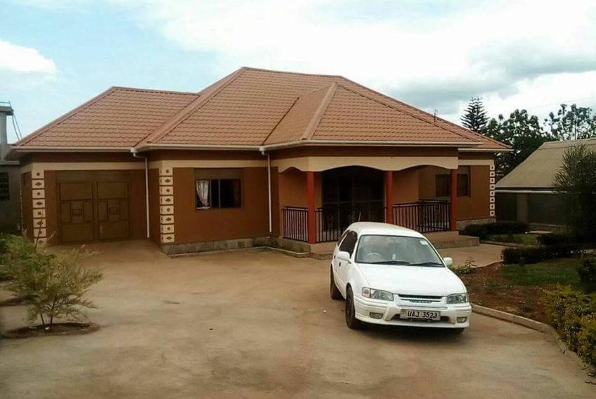 Kitende-house