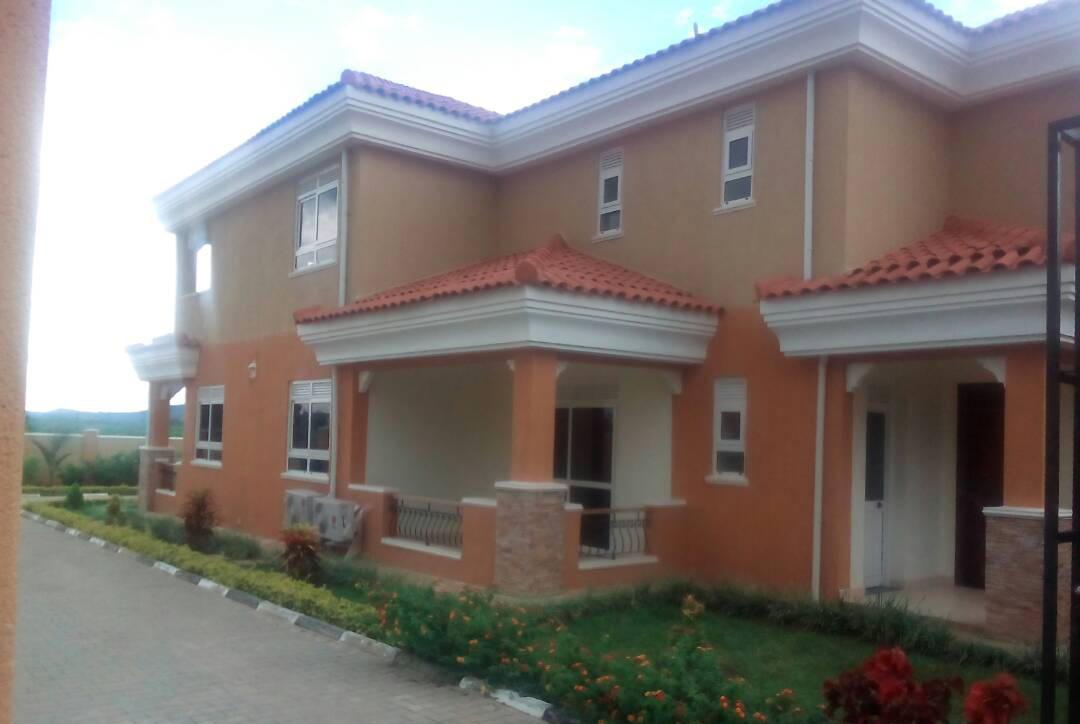 Nice House For Sale In Munyonyo Usd 400 000 Ecoland