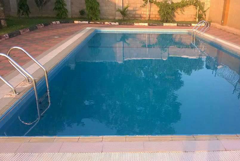 Swimmpping-pool