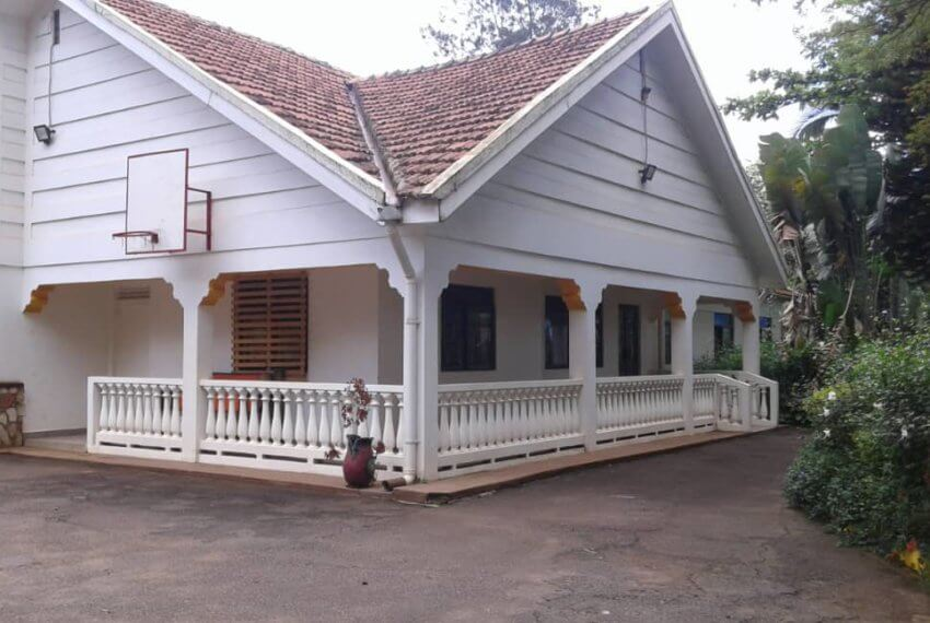 5 Bedroom House for rent in Kololo