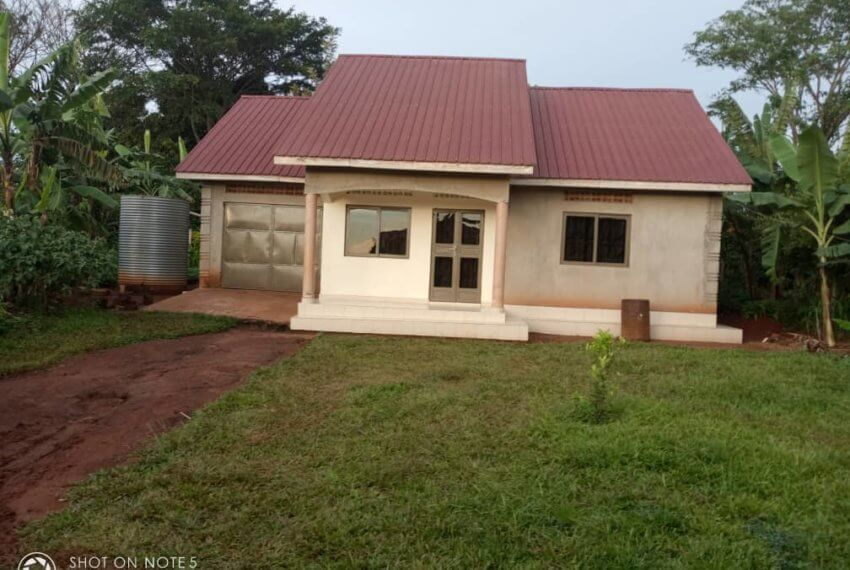 House for Sale in Kira Kikutwe