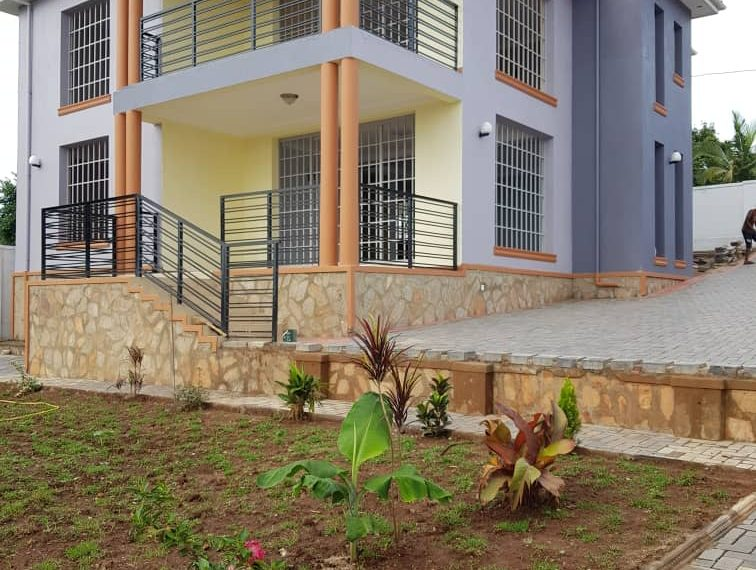 House for sale Entebbe Road
