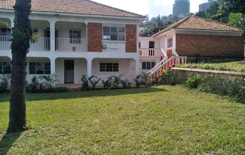 House for sale in Naguru Kampala - 6 bedroom