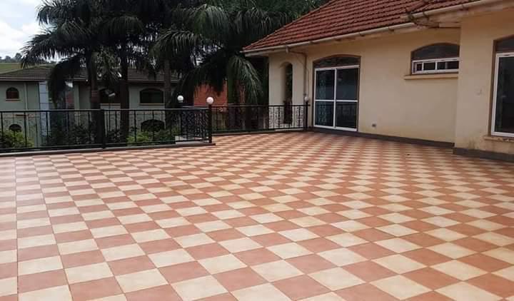 kololo property