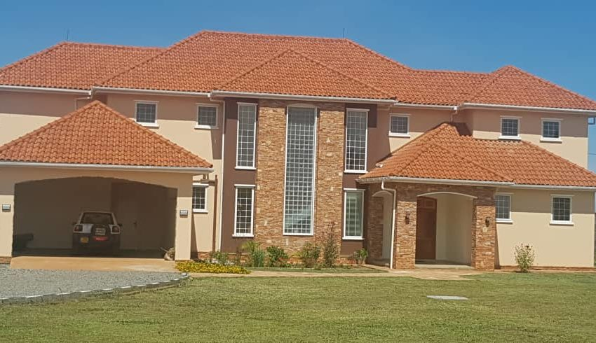 House for sale in Nkumba off Entebbe Road