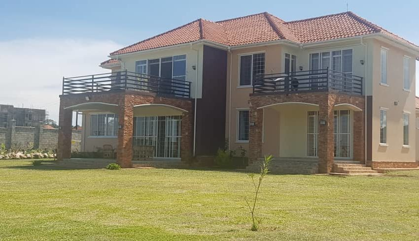 House for sale in Nkumba off Entebbe Road3