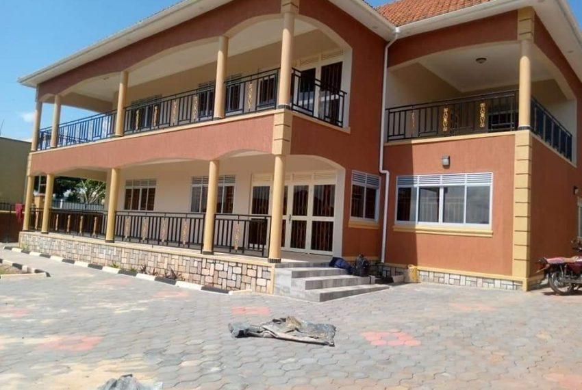 Bwebajja Entebbe Road House for sale 9