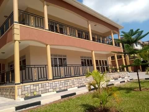 Bwebajja Entebbe Road House for sale
