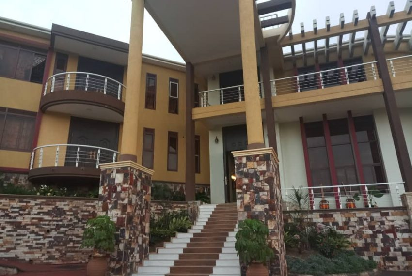 Posh House for Sale in Lubowa Entebbe road 9