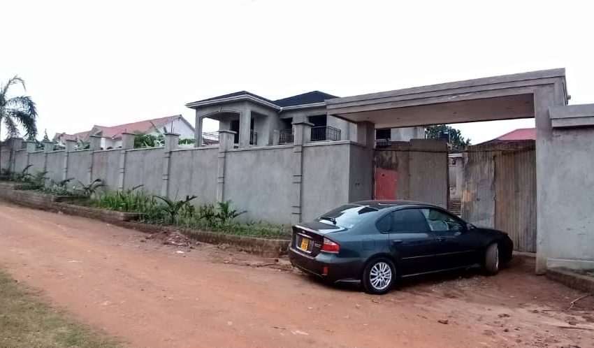 6 Bedroom Incomplete House for Sale in Namugongo 5