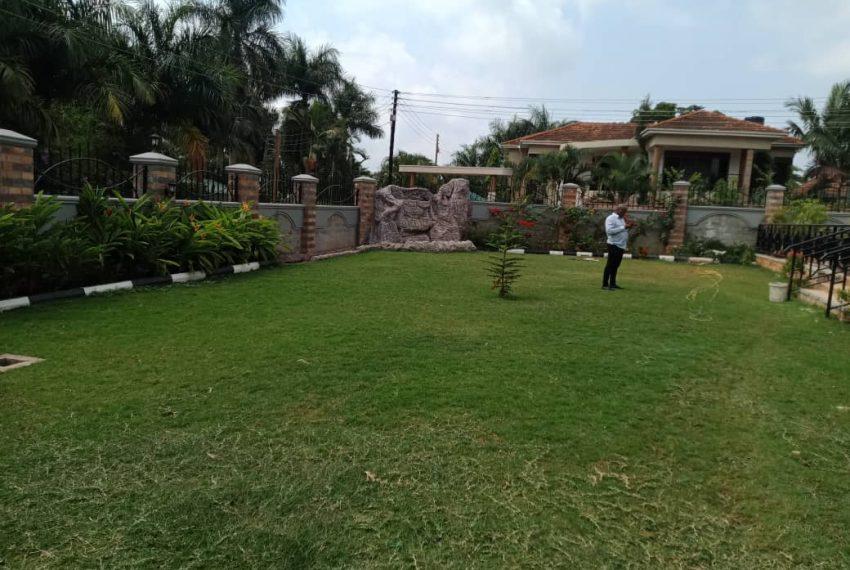 Bunga Kawuku House for Sale 12
