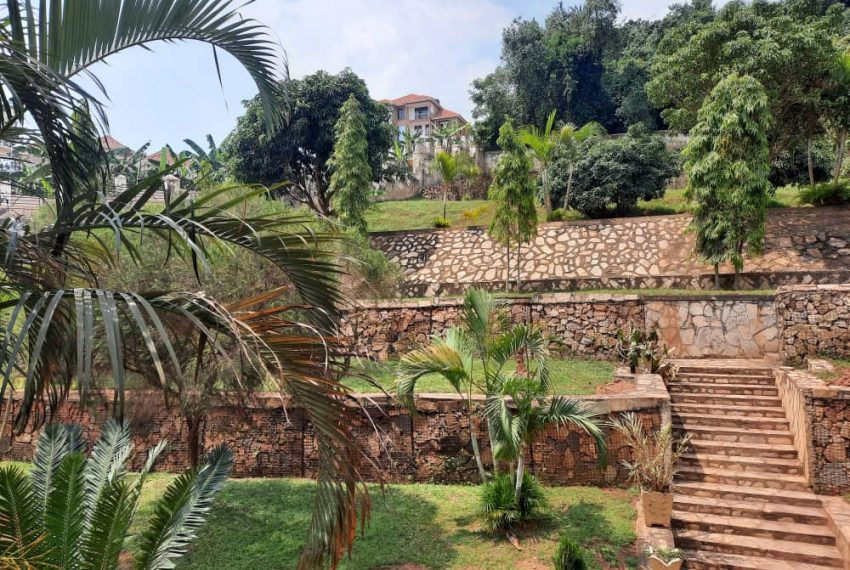 Posh Home for Sale in Mutundwe Kampala Uganda 7