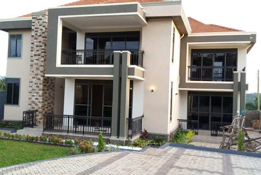 Akright House for Sale 6