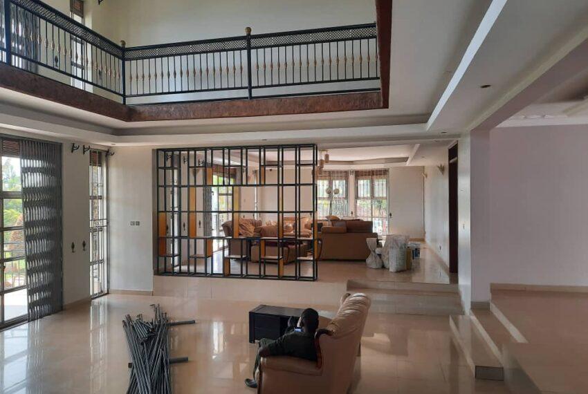 Lakeside Home for Sale in Bugiri Entebbe Road 3