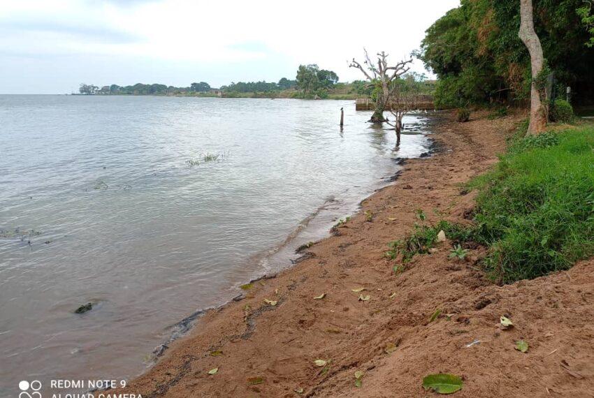 Lakeside Home for Sale in Bugiri Entebbe Road 4