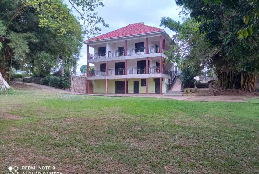 Lakeside Home for Sale in Bugiri Entebbe Road 5