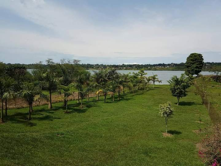 Lakeside Mansion for Sale in Nalugala Entebbe Road 6