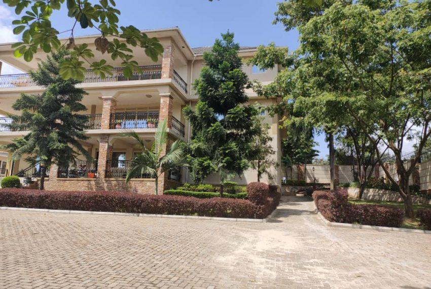 Mansion for sale in Bunga Kalungu Kampala 2