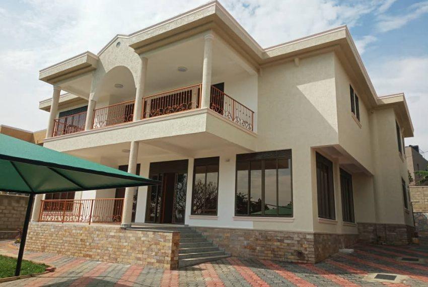 Nice House for sale in Munyonyo Kampala
